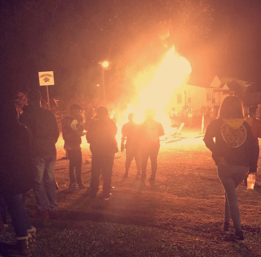 PANTHER 2017 fall homecoming bon fire alexis